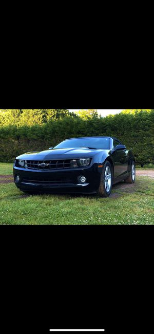 2011 v6 convertible Chevy Camaro for Sale in Newton, NC