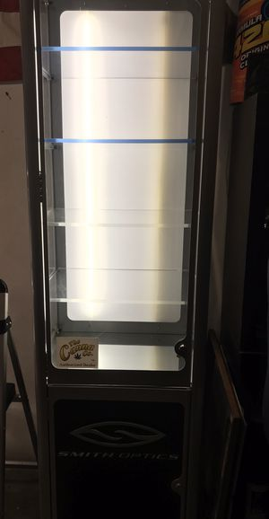 Display cabinet for Sale in Vancouver, WA
