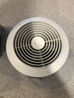 BROAN Vent fan 110v with exterior vent grid for Sale in Pompano Beach, FL