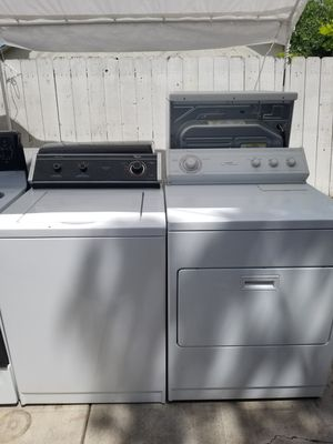 Whirlpool washer electric dryer for Sale in Stockton, CA