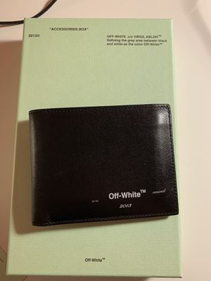 Off-White bifold wallet for Sale in Burtonsville, MD
