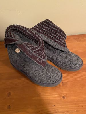 UGG Gray knit - size 8 for Sale in Orem, UT