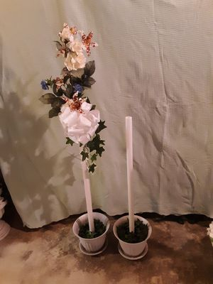 Free standing pew marker, wedding, indoor/outdoor for Sale in Naperville, IL