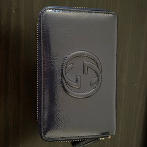 Vernice Naplack Navy Blue Gucci Wallet with original box, tags, and dust bag for Sale in Antioch, CA