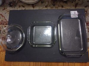 $15 piece Pyrex bakeware set for Sale in Baltimore, MD