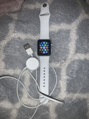 Apple Watch Series 3 34mm for Sale in Waterbury, CT