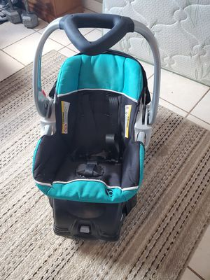 Baby Trend Car Seat with Base for Sale in El Centro, CA