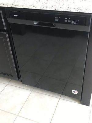 Black whirlpool appliances for Sale in Goodyear, AZ