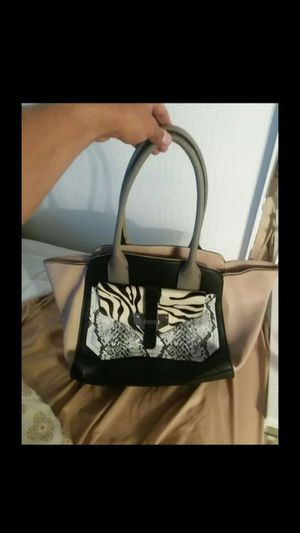 Guess Purse for Sale in West Springfield, VA