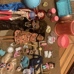 LOL TOYS SET PLUS OTHER DOLLS for Sale in Wheaton, IL