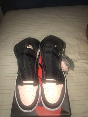 Air Jordan 1 crimson tint size 9.5 for Sale in Silver Spring, MD