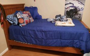 Twin bed frame for Sale in Tifton, GA