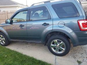 11 ford escape AWD for Sale in Chicago, IL