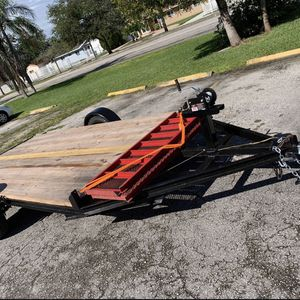 Trailer 6x12 With ramp, winch, jack, tires, chains, good quality wood and new paint for Sale in Miami, FL