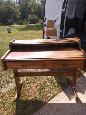 Antique desk for Sale in Germantown, MD