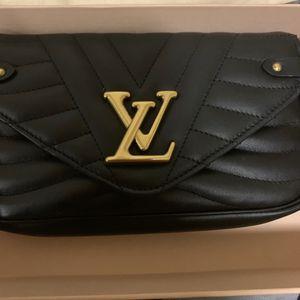 Louis Vuitton Clutch Bag for Sale in Sugar Land, TX
