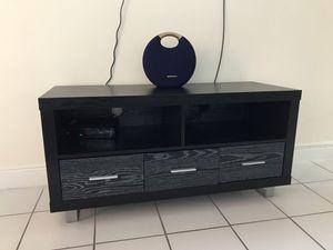 Tv stand for Sale in North Miami Beach, FL