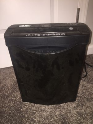 Fellowes P-55 home shredder for Sale in Raleigh, NC