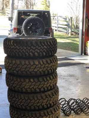 5 like new Rims and Tires off Jeep Rubicon for Sale in Stone Ridge, VA