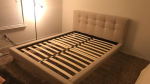 Queen bed with mattress for Sale in Flint, MI
