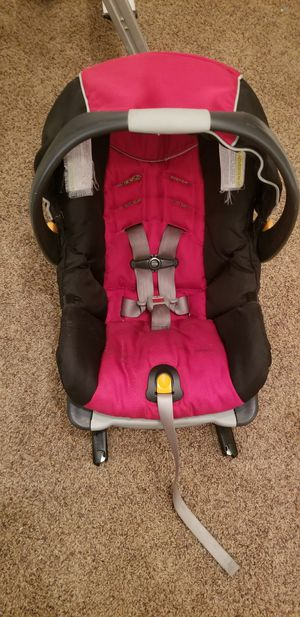 Infant car seat for Sale in Shoreline, WA
