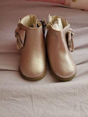 Girl boot (infant) for Sale in Azalea Park, FL