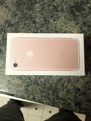 iPhone 7 brand new! for Sale in Port Orchard, WA