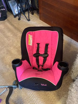 Minnie mouse car seat for Sale in Lynnwood, WA