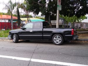 CHEVY SILVERADO 1500 EXPRESS for Sale in Windsor Hills, CA