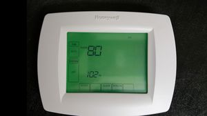 Honeywell RTH8500D 7-Day Touchscreen Programmable Thermostat Controller for Sale in Portland, OR