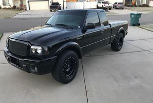 2006 Ford Ranger Edges Amazing Control for Sale in Fort Collins, CO