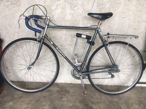 Schwinn traveler 57 cm road bike for Sale in San Marcos, TX
