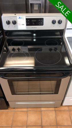 FREE DELIVERY!! Frigidaire CONTACT TODAY! Electric Stove Oven 30 in. Wide #1493 for Sale in Fort Washington,  MD