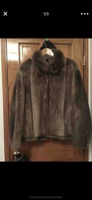 100% raccoon fur coat size L for Sale for sale  Queens, NY