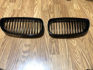 BMW OEM Genuine Gloss Black E91/92/93 Kidney Grill for Sale in Germantown, MD