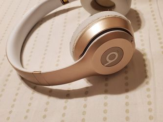 Beats Wireless for Sale in Chicago,  IL