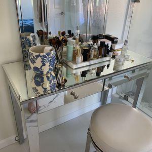 Vanity Mirror for Sale in Aliso Viejo, CA