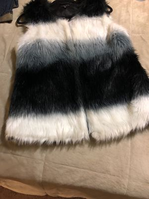 RUE 21 fure material black white and grey size XL brand new for Sale in Germantown, MD