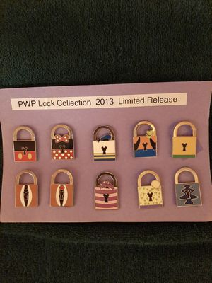 Complete Disney Pin Set - Locks for Sale in Inglewood, CA
