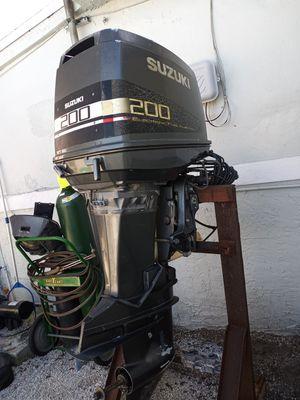Suzuki outboard motor for Sale in Hialeah, FL