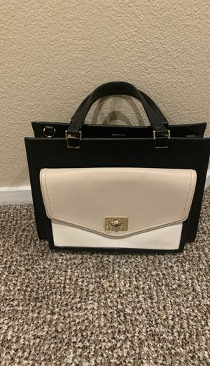 Kate spade purse in great condition for Sale in Las Vegas, NV