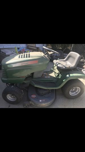 Tractor para jardinería for Sale in Fontana, CA
