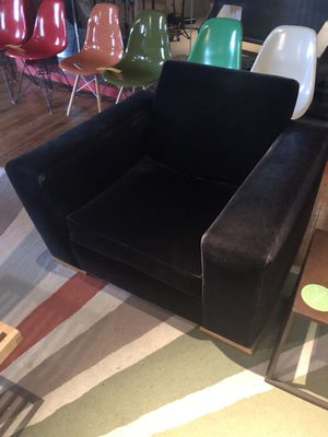 Chic Modern Chair for Sale in Chicago, IL