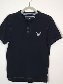 AMERICAN EAGLE Outfitters juniors S New York bird logo Henley T shirt tee Gently used for Sale in French Creek,  WV