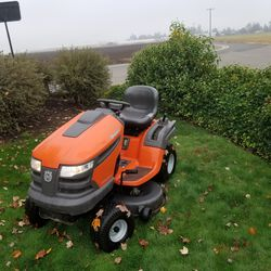 Husqvarna riding lawn mower for Sale in Woodburn,  OR