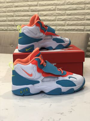AIR SPEED TURF SIZE 7Y for Sale in Burlington, MA
