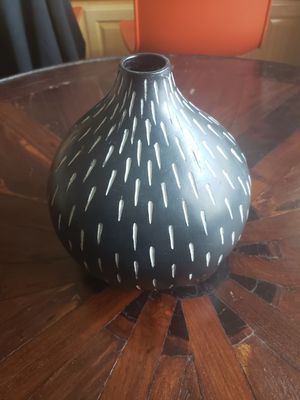 Vase - Folk Art Design - $11 for Sale in Hacienda Heights, CA