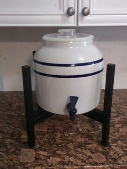water dispenser is ceramics Firm for Sale in Fort Myers,  FL