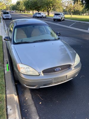 2004 Ford Taurus for Sale in Los Angeles, CA