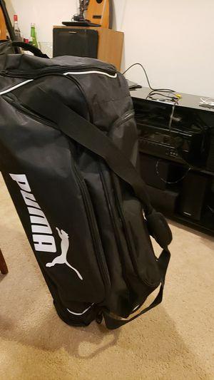 puma duffle bag for Sale in Burien, WA